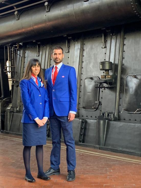 Resultado de imagen de trabajadores de Metro uniforme